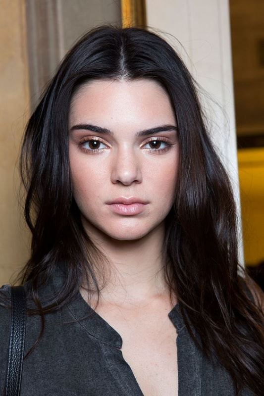 Dewy Kendall Jenner Makeup Look