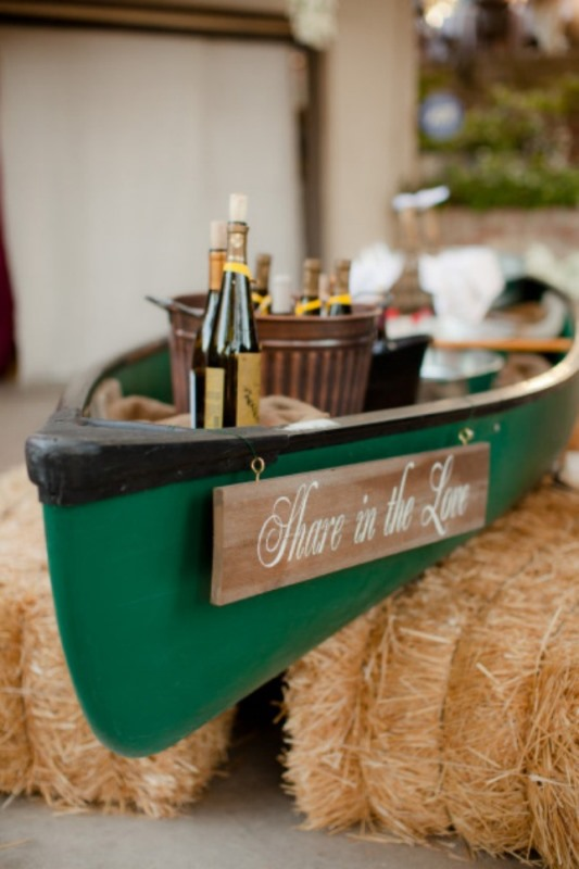 Drink Canoe Boat For A Wedding