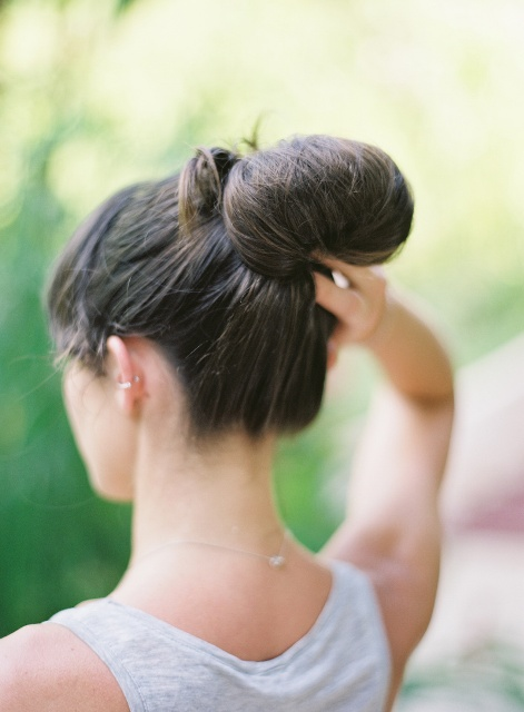 Elegant DIY Bridal Bow Bun To Make