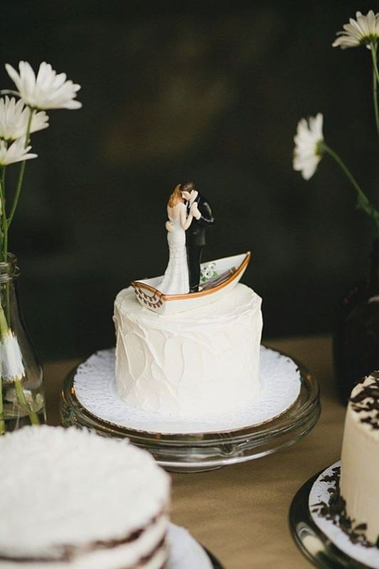 Lovely Canoe Cake Topper