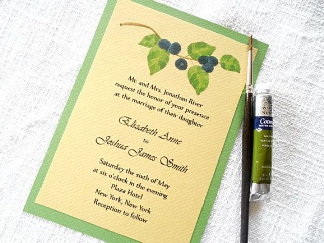 Wedding invitations decorated with blackberry images