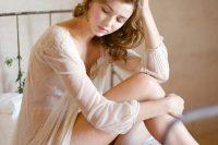 delicate-bridal-boudoir-shoot-sunstone-villa-1