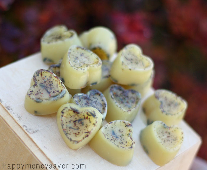Honey Lavender Homemade Relaxing Bath Melts (via happymoneysaver)