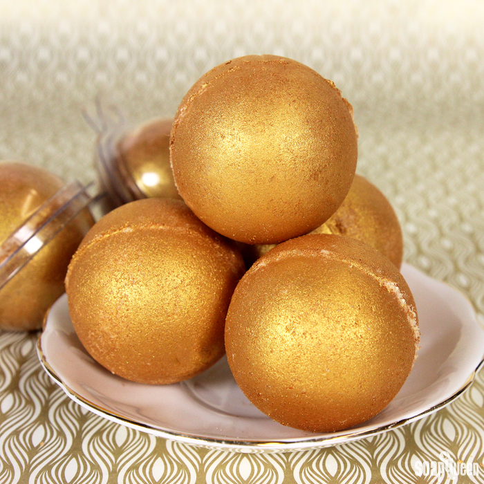 Midas Touch Bath Bombs (via soapqueen)