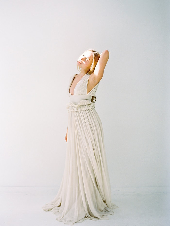 Ethereal Minimalist Bridal Shoot With Soft Textures