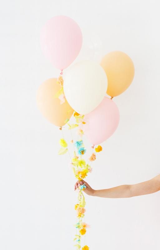Fun DIY Flower Balloon For Your Wedding Decor
