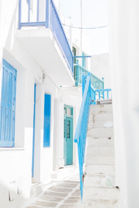 Picture Of modern breezy blue pink white grecian wedding shoot  2