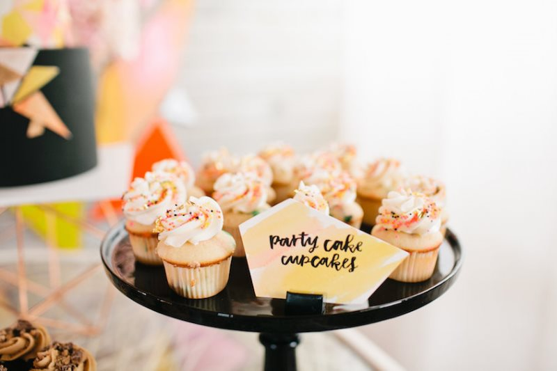 Picture Of modern geometric bridal shower shoot  18