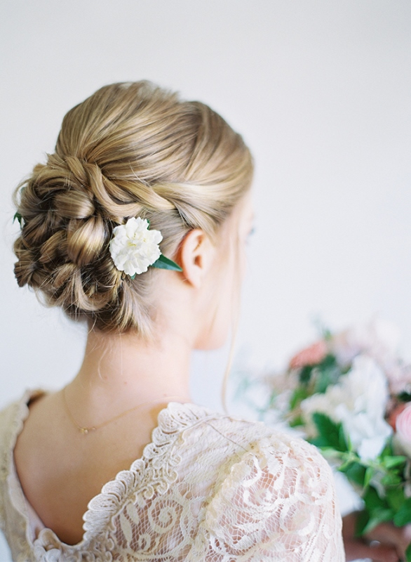 Stunning DIY Twisted Wedding Hair Updo