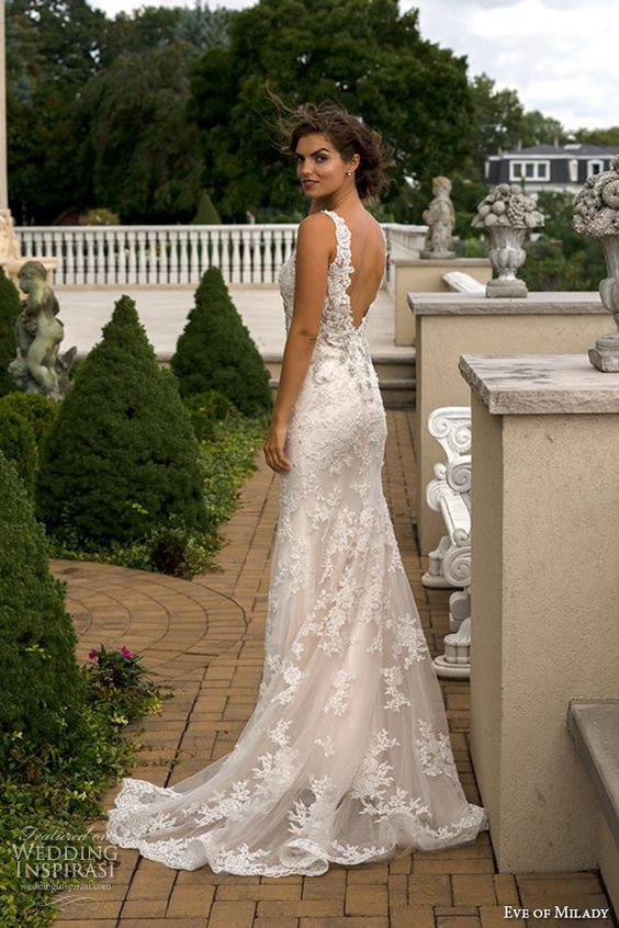 Picture Of sheath lace wedding gown