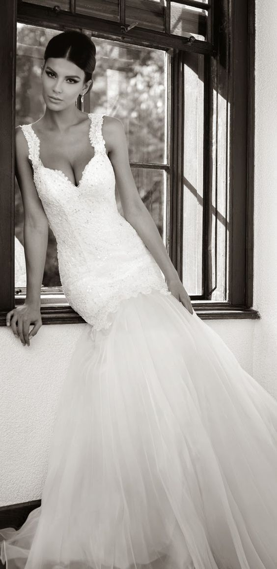 How To Choose A Wedding Dress For Your Body Type 8 Tips