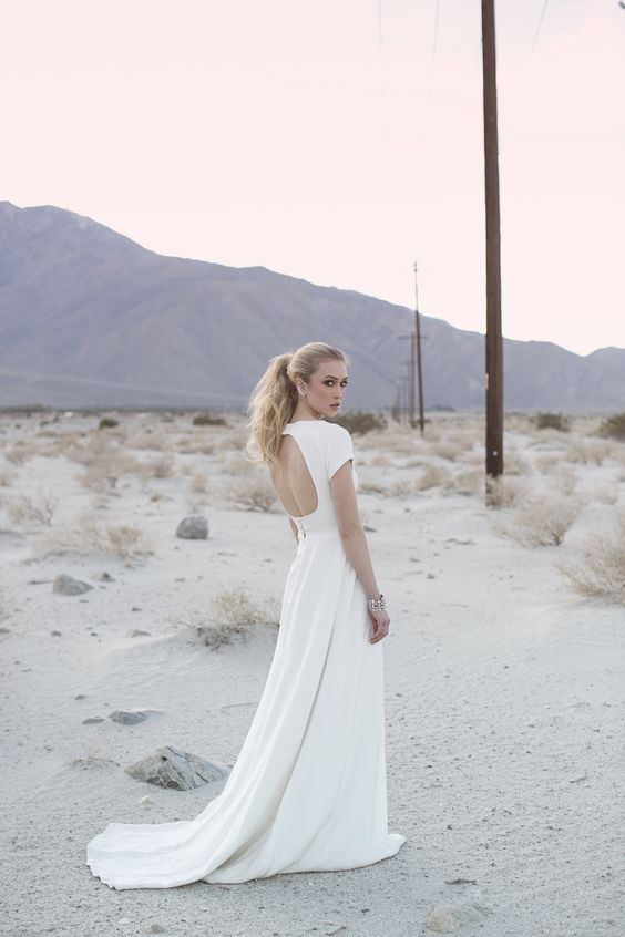 keyhole back desert wedding dress