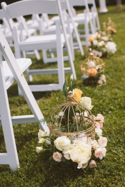 Birdcage aisle decor
