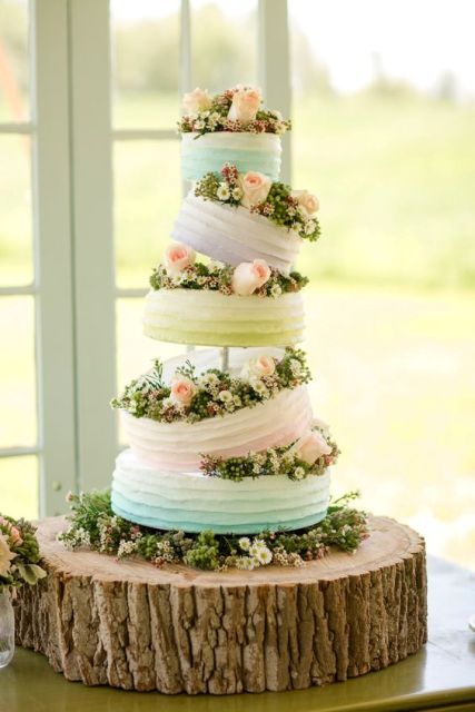 Gentle topsy turvy wedding cake