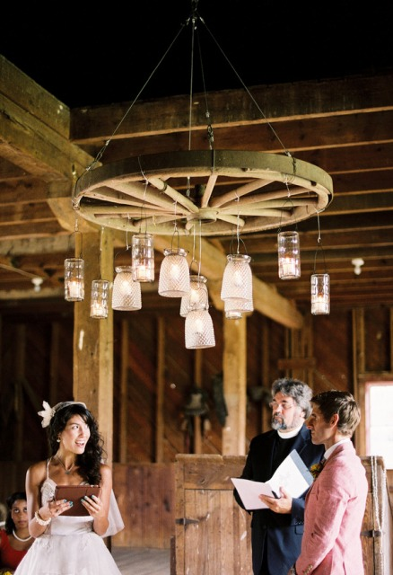 Hanging decor idea for ceremony