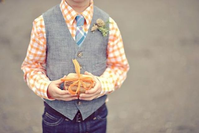 Ring bearer look with colorful plaid shirt