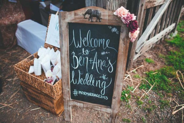 Picture Of Rustic Barnyard Wedding In The Hunter Valley 2