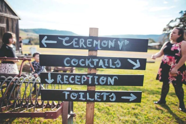 Picture Of Rustic Barnyard Wedding In The Hunter Valley 9