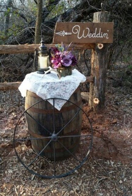 Wagon wheel decor for rustic weddings