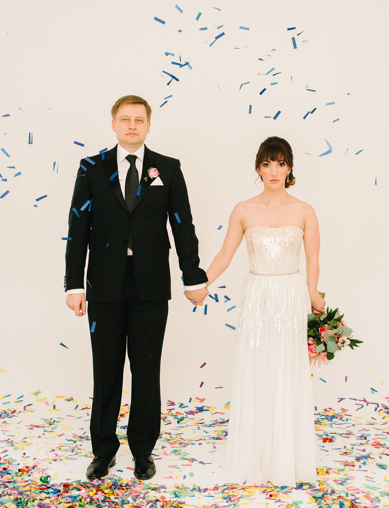 Picture Of black and gold wedding filled with confetti and champagne  5