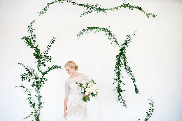 DIY vine wall backdrop (via ruffledblog)