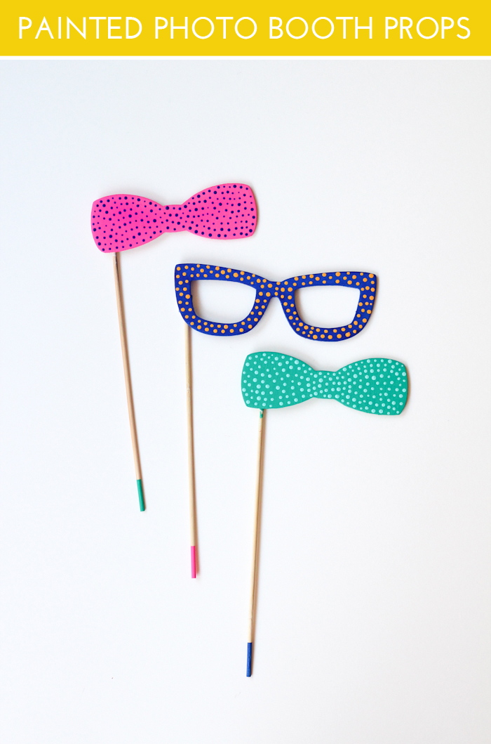 DIy painted photo booth props (via thecraftedlife)