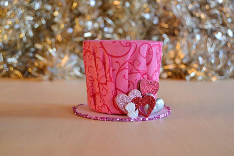 DIY pink glitter mini hat (via sparkandchemistry)