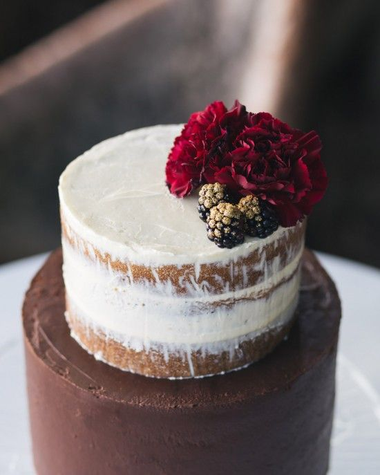 02 naked blackberry cake with a dark rose