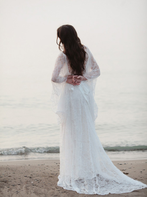 Flowy lace gowns will be always loved by romantic brides