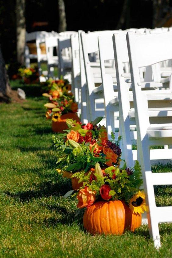29 Ways To Use Pumpkins For Your Wedding Décor - Weddingomania