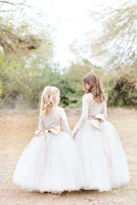 20 Fall Flower Girl Outfits That Are Just Too Cute