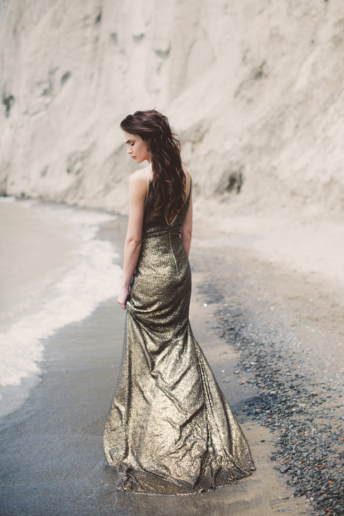 Dark gold wedding dress will make you a boho luxe princess