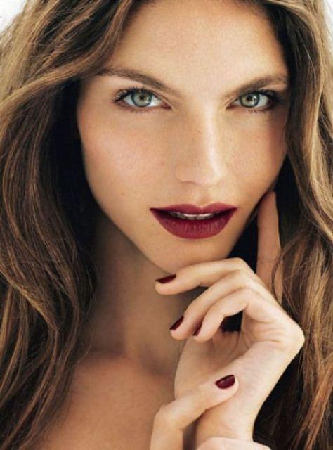 natural makeup and bold lips