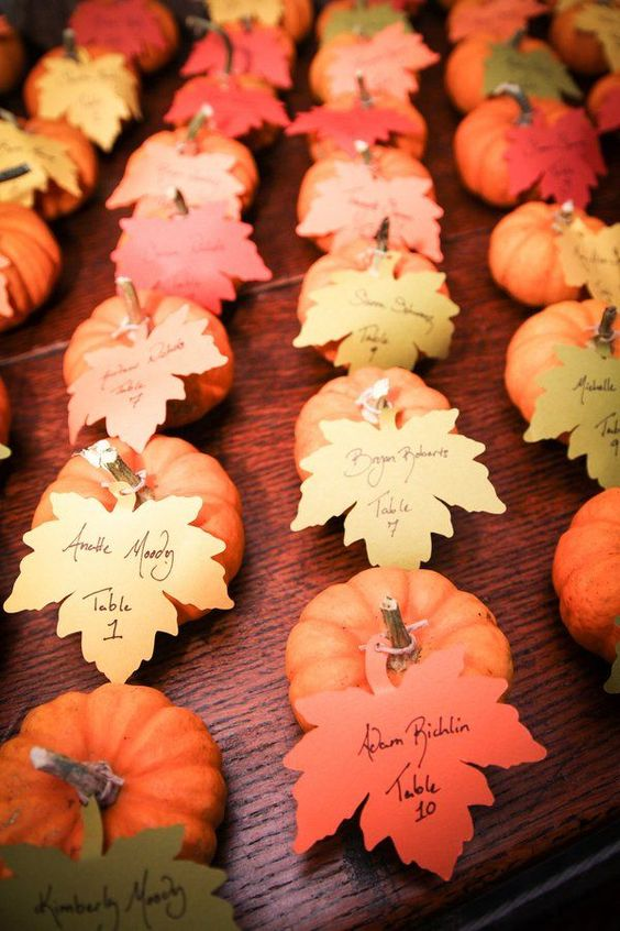 small escort cards with leaves