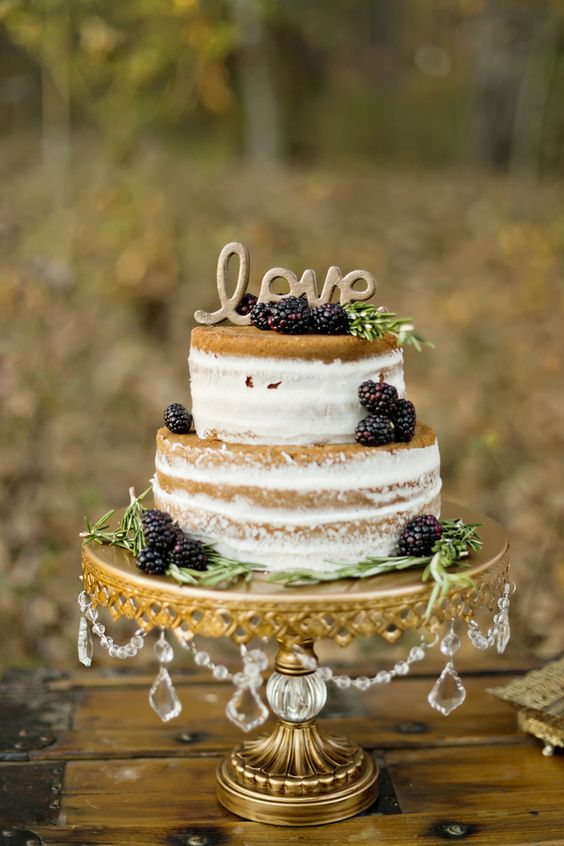 18 naked fall wedding cake with blackberries
