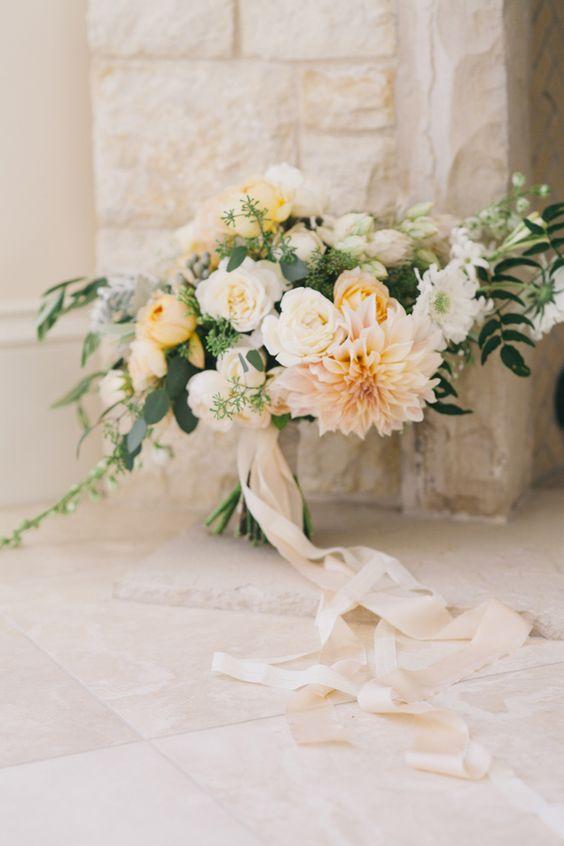 romantic fall bouquet in soft neutrals