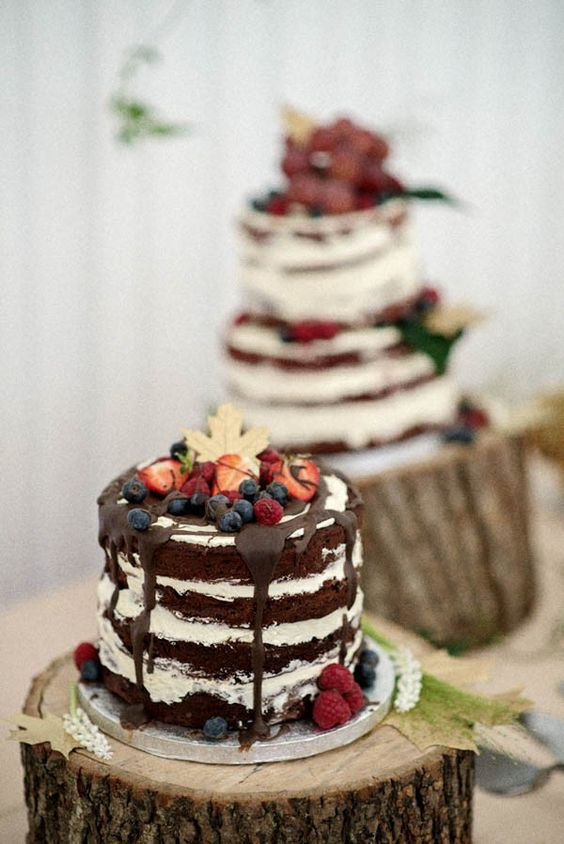 naked wedding berry cake