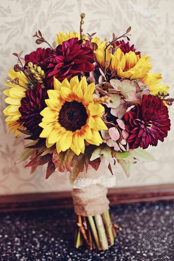 fall bridal bouquet with burgundy touches