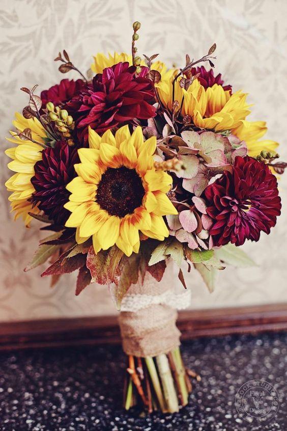 Wedding Flowers In Fall : Ways to add burgundy your fall wedding weddingomania