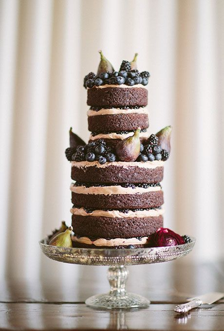 pears, blackberries and blueberries wedding cake