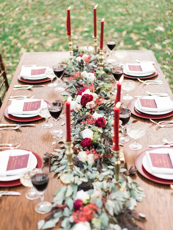 marsala wedding table decor