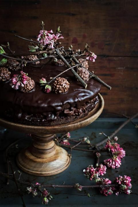 decadent chocolate wedidng cake with flowers