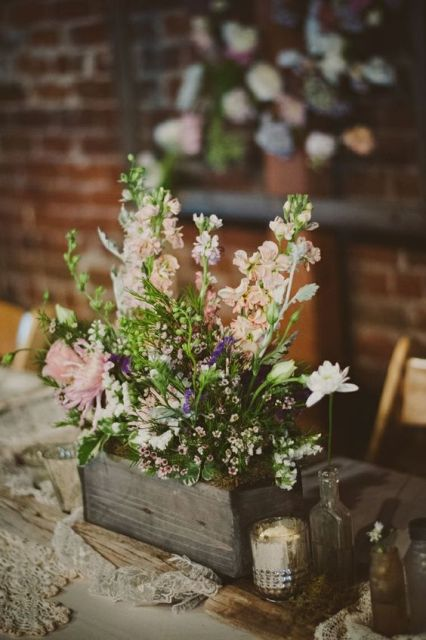 Floral table centerpiece for rustic weddings