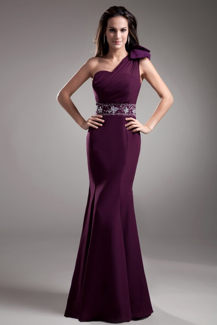 One shoulder dress for bridesmaids