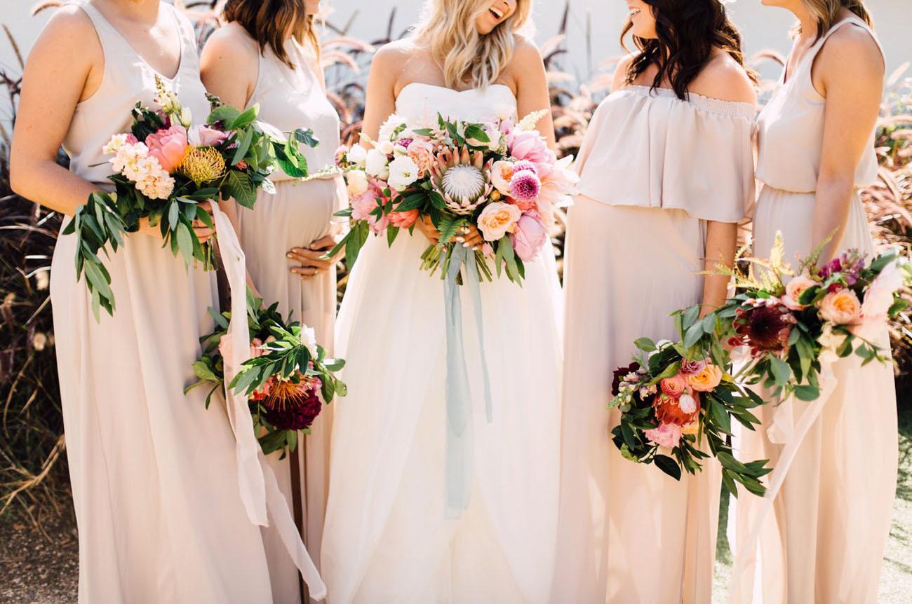 boho styled bouquets