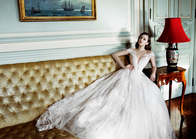 Ball gown with a plunging neckline and lace