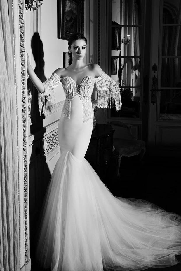Luxurious elihav sasson 2016 bridal gowns weddingomania for Off the shoulder wedding dress topper