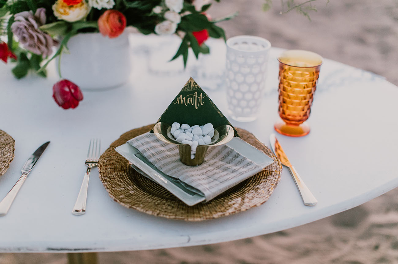 copper details were added to the tablescape