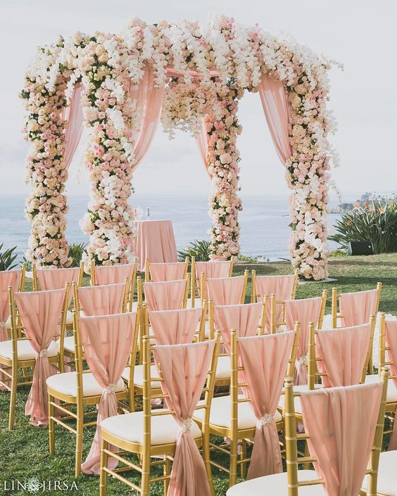 Gold And White Wedding Ideas: 32 Sweet Blush And Gold Wedding Ideas