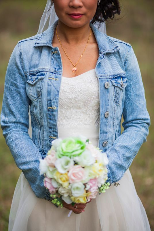 23 Ways To Rock A Denim Jacket At Your Wedding - Weddingomania